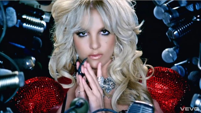 "The Reel: ""Hold It Against Me"" – Britney Spears, Jonas Akerlund"
